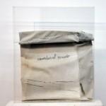 Khalloub Laura - Papeles escritos - Lienzo e hilo de algodón